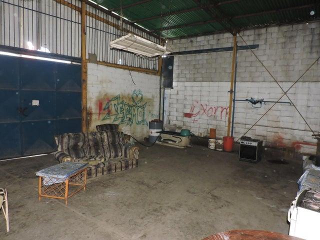 Galpon - Deposito Distrito Metropolitano>Caracas>La Yaguara - Alquiler:5.200 Precio Referencial - codigo: 20-16877