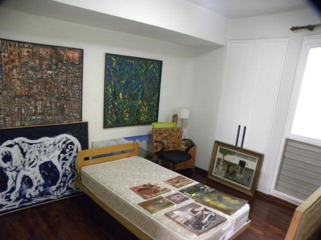Apartamento Distrito Metropolitano>Caracas>Altamira - Venta:370.000 Precio Referencial - codigo: 20-16649