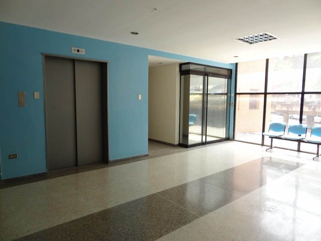 Local Comercial Distrito Metropolitano>Caracas>Piedra Azul - Venta:135.000 Precio Referencial - codigo: 20-16810