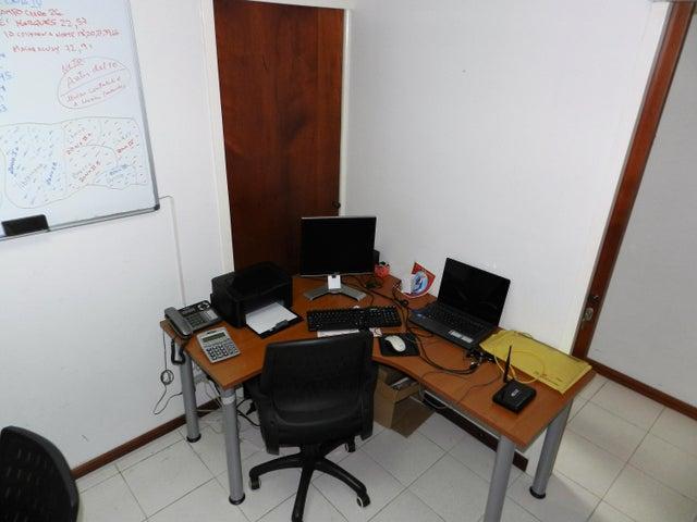 Oficina Distrito Metropolitano>Caracas>Sabana Grande - Venta:35.000 Precio Referencial - codigo: 20-16859