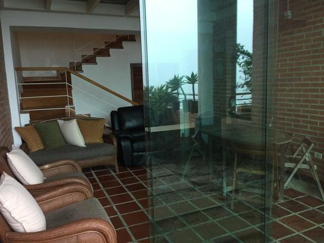 Apartamento Distrito Metropolitano>Caracas>Oripoto - Venta:180.000 Precio Referencial - codigo: 20-16885