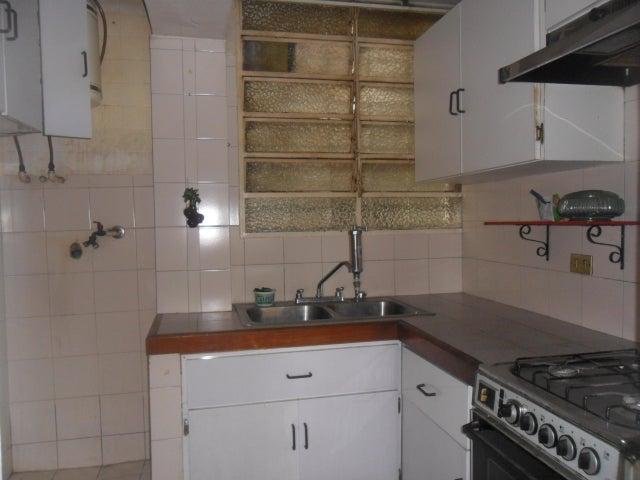 Apartamento Distrito Metropolitano>Caracas>Los Caobos - Venta:24.000 Precio Referencial - codigo: 20-16918