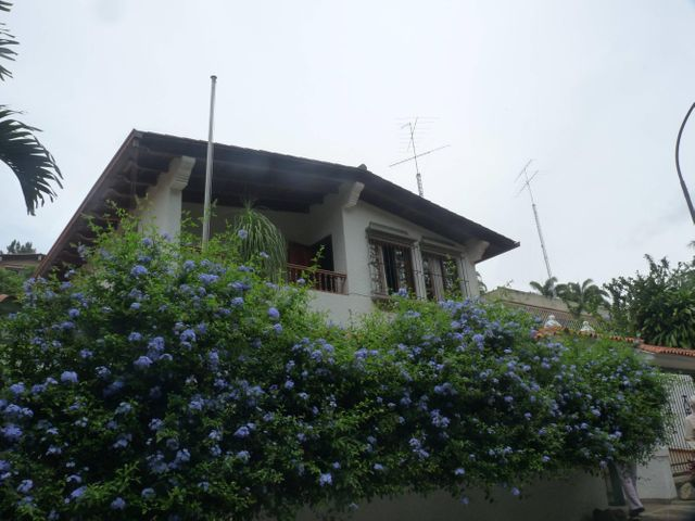 Casa Distrito Metropolitano>Caracas>Colinas del Tamanaco - Venta:650.000 Precio Referencial - codigo: 20-16955