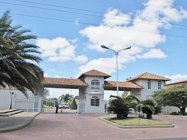 Casa Anzoategui>El Tigre>Pueblo Nuevo Sur - Venta:100.000 Precio Referencial - codigo: 20-17070