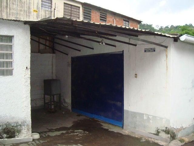 Galpon - Deposito Distrito Metropolitano>Caracas>Turumo - Venta:160.000 Precio Referencial - codigo: 20-17196