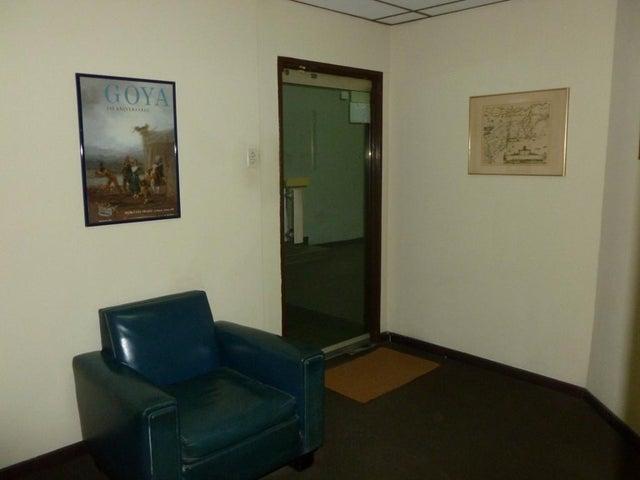 Oficina Distrito Metropolitano>Caracas>Mariperez - Venta:30.000 Precio Referencial - codigo: 20-17290