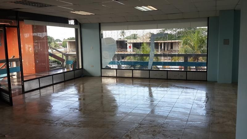 Local Comercial Anzoategui>El Tigrito>Avenida Marino - Alquiler:200 Precio Referencial - codigo: 20-17529