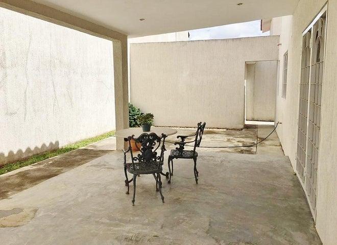 Casa Anzoategui>El Tigre>Pueblo Nuevo Sur - Venta:230.000 Precio Referencial - codigo: 20-17977