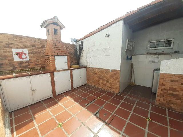 Casa Lara>Cabudare>Los Cerezos - Alquiler:250 Precio Referencial - codigo: 20-18089