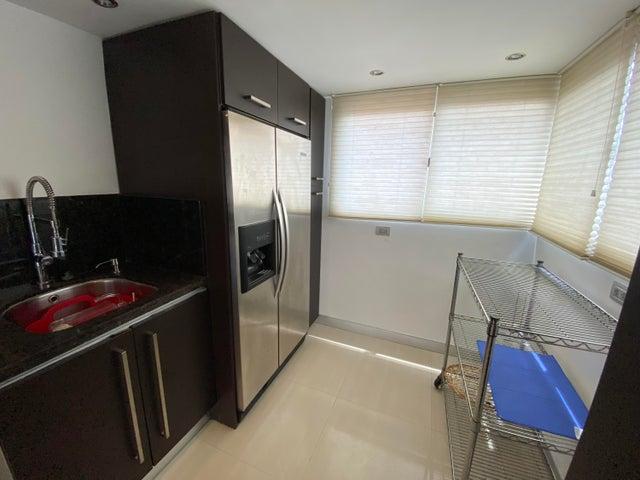 Apartamento Distrito Metropolitano>Caracas>Las Mercedes - Venta:350.000 Precio Referencial - codigo: 20-18075