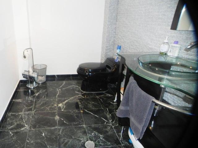 Apartamento Distrito Metropolitano>Caracas>Sorocaima - Venta:650.000 Precio Referencial - codigo: 20-18068