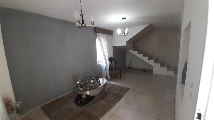 Casa Lara>Cabudare>Trapiche Villas - Venta:35.000 Precio Referencial - codigo: 20-18079