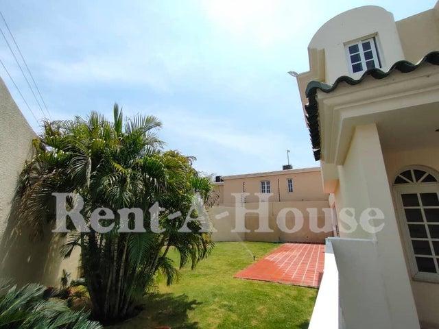 Townhouse Zulia>Maracaibo>Fuerzas Armadas - Venta:140.000 Precio Referencial - codigo: 20-18092