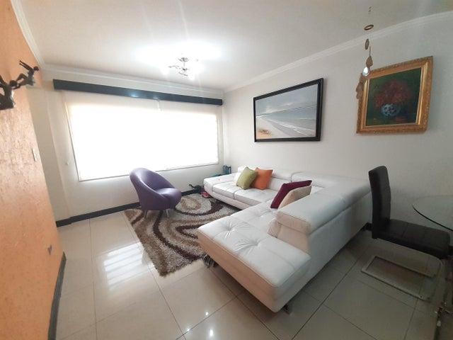 Casa Lara>Cabudare>Villa Paris - Alquiler:650 Precio Referencial - codigo: 20-18086