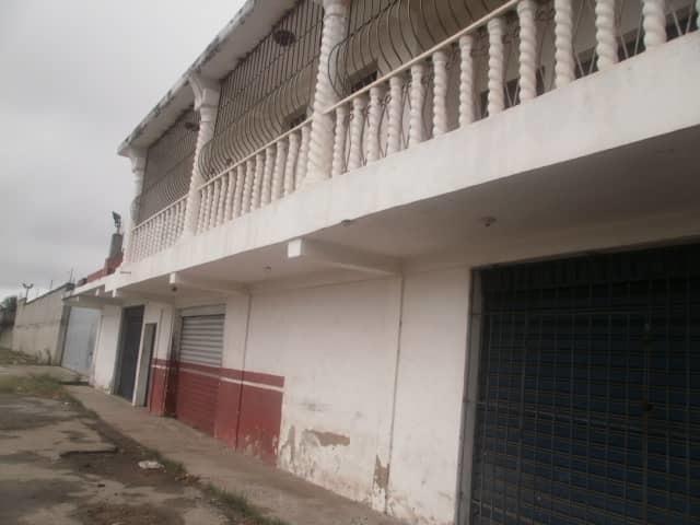 Local Comercial Carabobo>Moron>El Lago - Venta:30.000 Precio Referencial - codigo: 20-18095