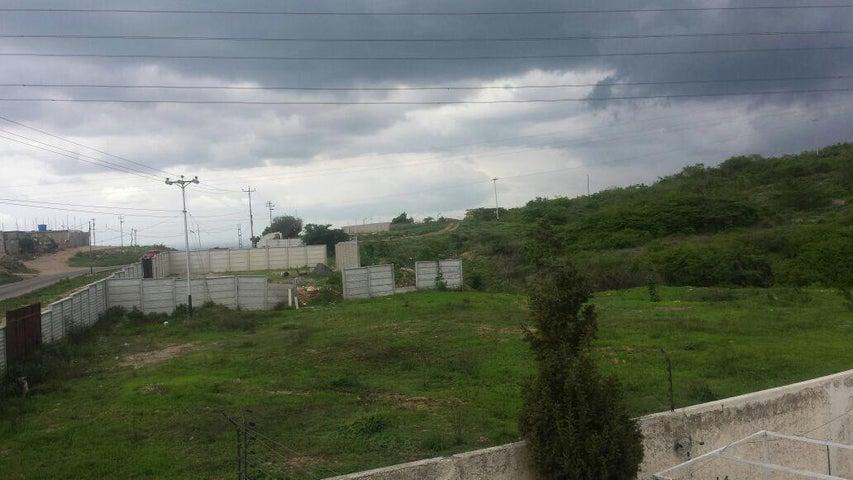 Terreno Lara>Barquisimeto>El Ujano - Venta:25.000 Precio Referencial - codigo: 20-18447