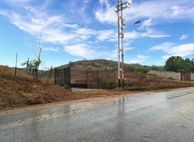 Terreno Lara>Duaca>Municipio Crespo - Venta:110.000 Precio Referencial - codigo: 20-18632