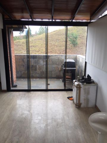 Apartamento Distrito Metropolitano>Caracas>Colinas de La Tahona - Venta:167.000 Precio Referencial - codigo: 20-18085