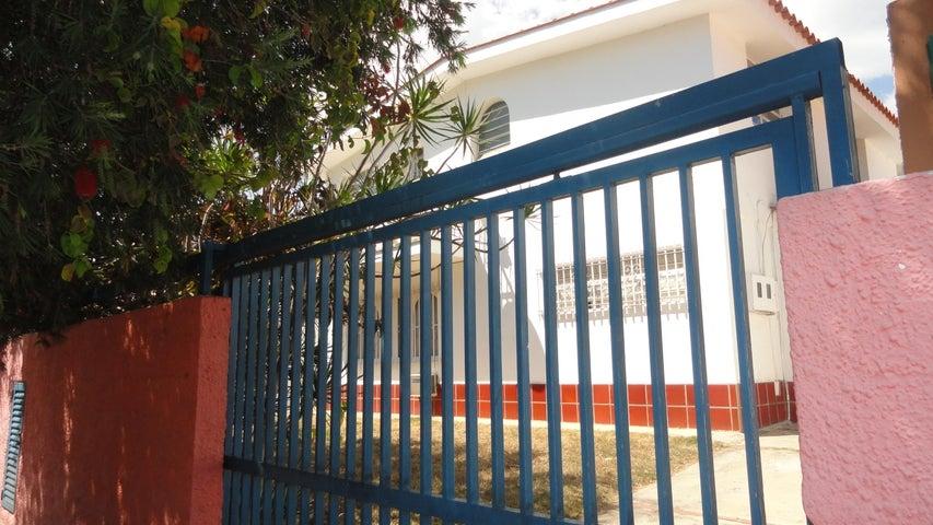 Anexo Distrito Metropolitano>Caracas>Terrazas del Club Hipico - Alquiler:450 Precio Referencial - codigo: 20-18576