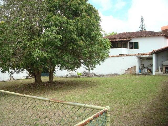 Terreno Distrito Metropolitano>Caracas>Lomas de La Lagunita - Venta:160.000 Precio Referencial - codigo: 20-18841