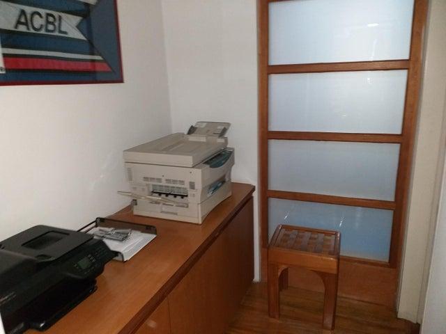Oficina Distrito Metropolitano>Caracas>Colinas del Tamanaco - Venta:280.000 Precio Referencial - codigo: 20-18855