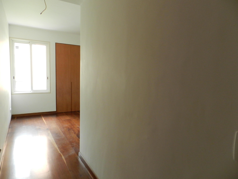 Apartamento Distrito Metropolitano>Caracas>Campo Alegre - Venta:690.000 Precio Referencial - codigo: 20-18942