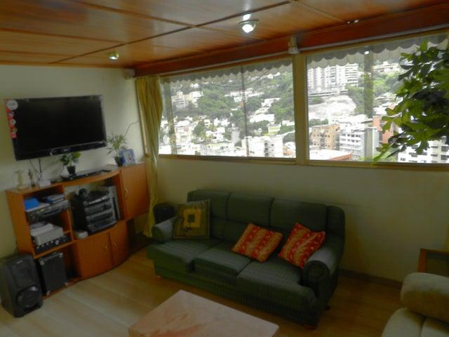 Apartamento Distrito Metropolitano>Caracas>Colinas de Bello Monte - Venta:800.000 Precio Referencial - codigo: 20-18967
