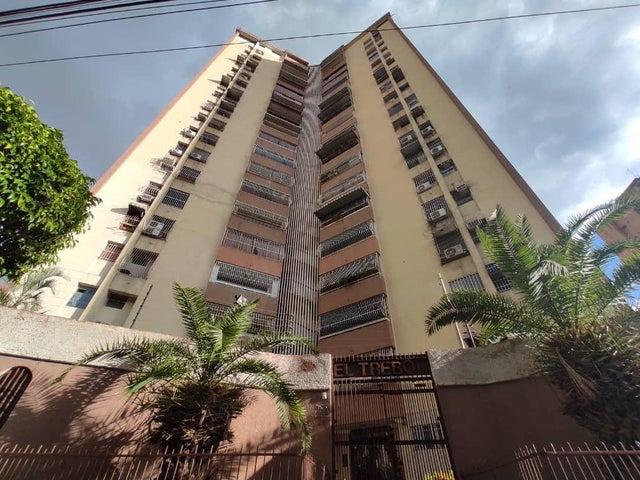 Apartamento Aragua>Maracay>Urbanizacion El Centro - Venta:22.500 Precio Referencial - codigo: 20-9218
