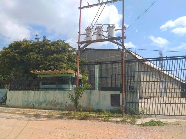 Galpon - Deposito Lara>Barquisimeto>Parroquia Juan de Villegas - Alquiler:1.000 Precio Referencial - codigo: 20-18989