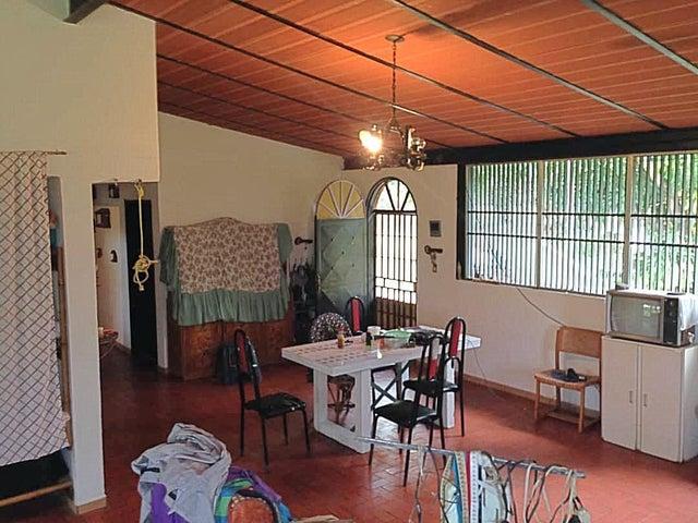 Casa Aragua>Camatagua>El Viejo Trapiche - Venta:14.000 Precio Referencial - codigo: 20-19131