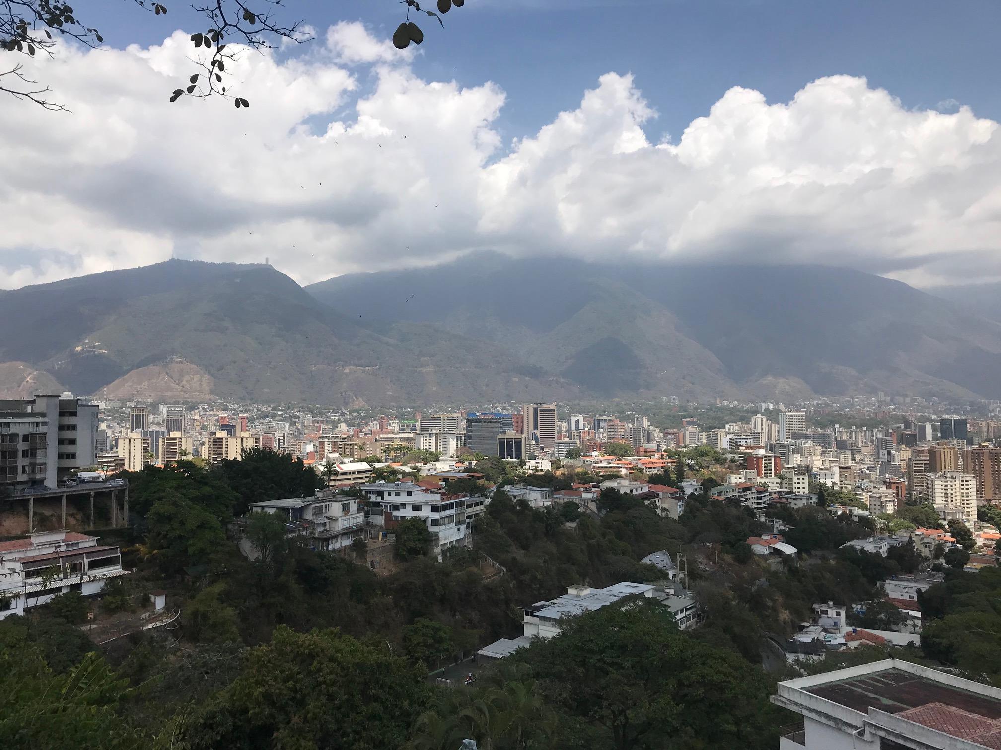 Apartamento Distrito Metropolitano>Caracas>Colinas de Bello Monte - Venta:286.000 Precio Referencial - codigo: 20-19314
