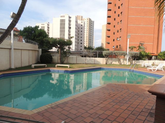 Apartamento Zulia>Maracaibo>La Lago - Venta:150.000 Precio Referencial - codigo: 20-20107