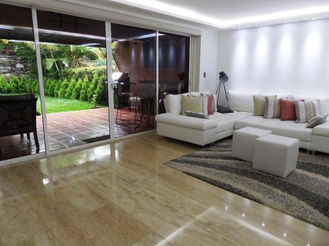 Townhouse Distrito Metropolitano>Caracas>El Hatillo - Venta:435.000 Precio Referencial - codigo: 20-20301