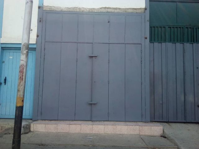 Local Comercial Lara>Barquisimeto>Parroquia Juan de Villegas - Alquiler:110 Precio Referencial - codigo: 20-19641
