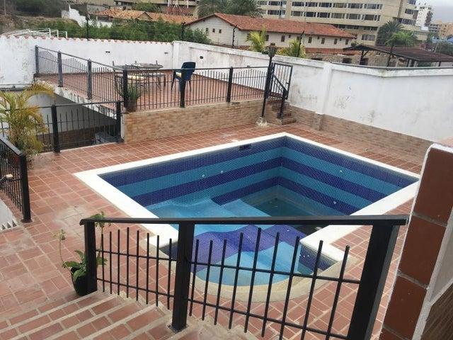 Apartamento Nueva Esparta>Margarita>Playa el Angel - Venta:38.000 Precio Referencial - codigo: 20-20337