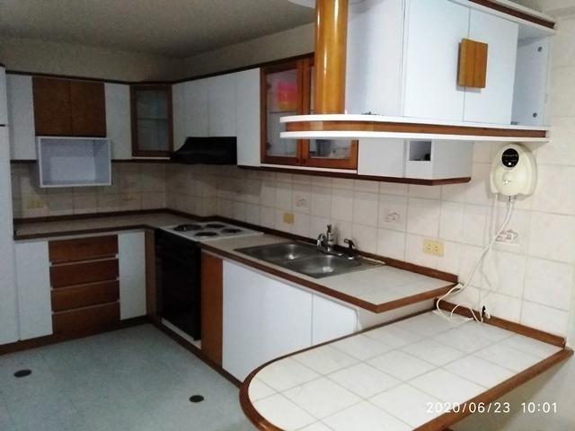 Apartamento Nueva Esparta>Margarita>Maneiro - Venta:27.900 Precio Referencial - codigo: 20-20446