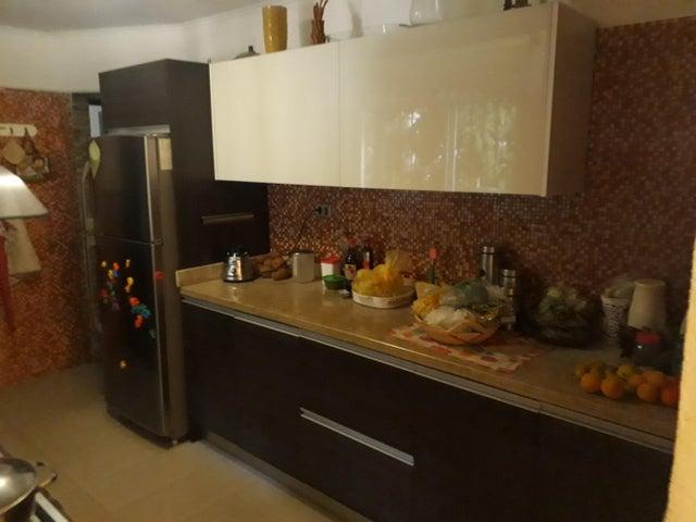 Apartamento Distrito Metropolitano>Caracas>Sebucan - Venta:80.000 Precio Referencial - codigo: 20-20413