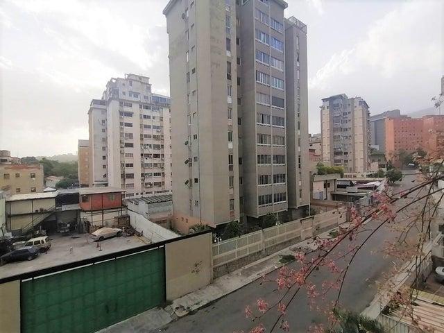 Apartamento Distrito Metropolitano>Caracas>Sabana Grande - Venta:47.000 Precio Referencial - codigo: 20-20434