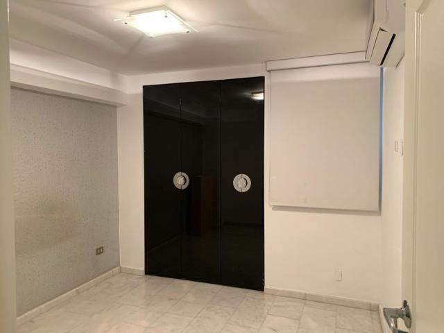 Apartamento Distrito Metropolitano>Caracas>Parroquia La Candelaria - Venta:31.000 Precio Referencial - codigo: 20-20549