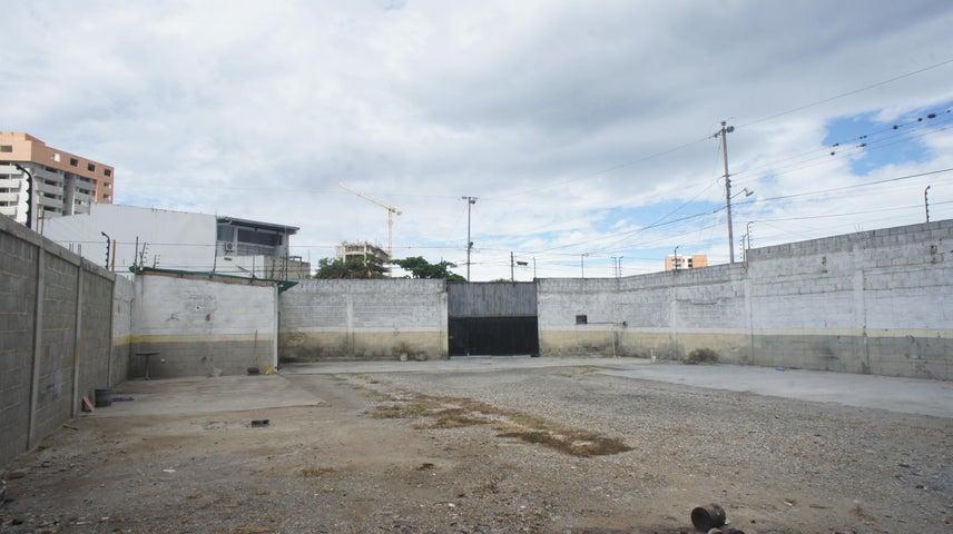 Galpon - Deposito Lara>Barquisimeto>Zona Este - Alquiler:500 Precio Referencial - codigo: 20-20605