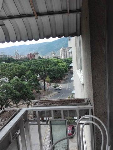 Apartamento Distrito Metropolitano>Caracas>Santa Monica - Venta:30.000 Precio Referencial - codigo: 20-20608