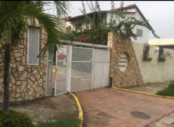 Casa Bolivar>Puerto Ordaz>Puerto Ordaz Centro - Venta:195.000 Precio Referencial - codigo: 20-20625