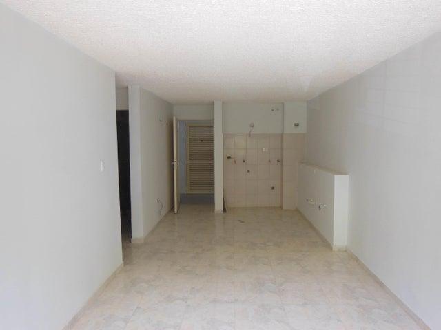 Apartamento Distrito Metropolitano>Caracas>Los Naranjos Humboldt - Venta:35.000 Precio Referencial - codigo: 20-20639