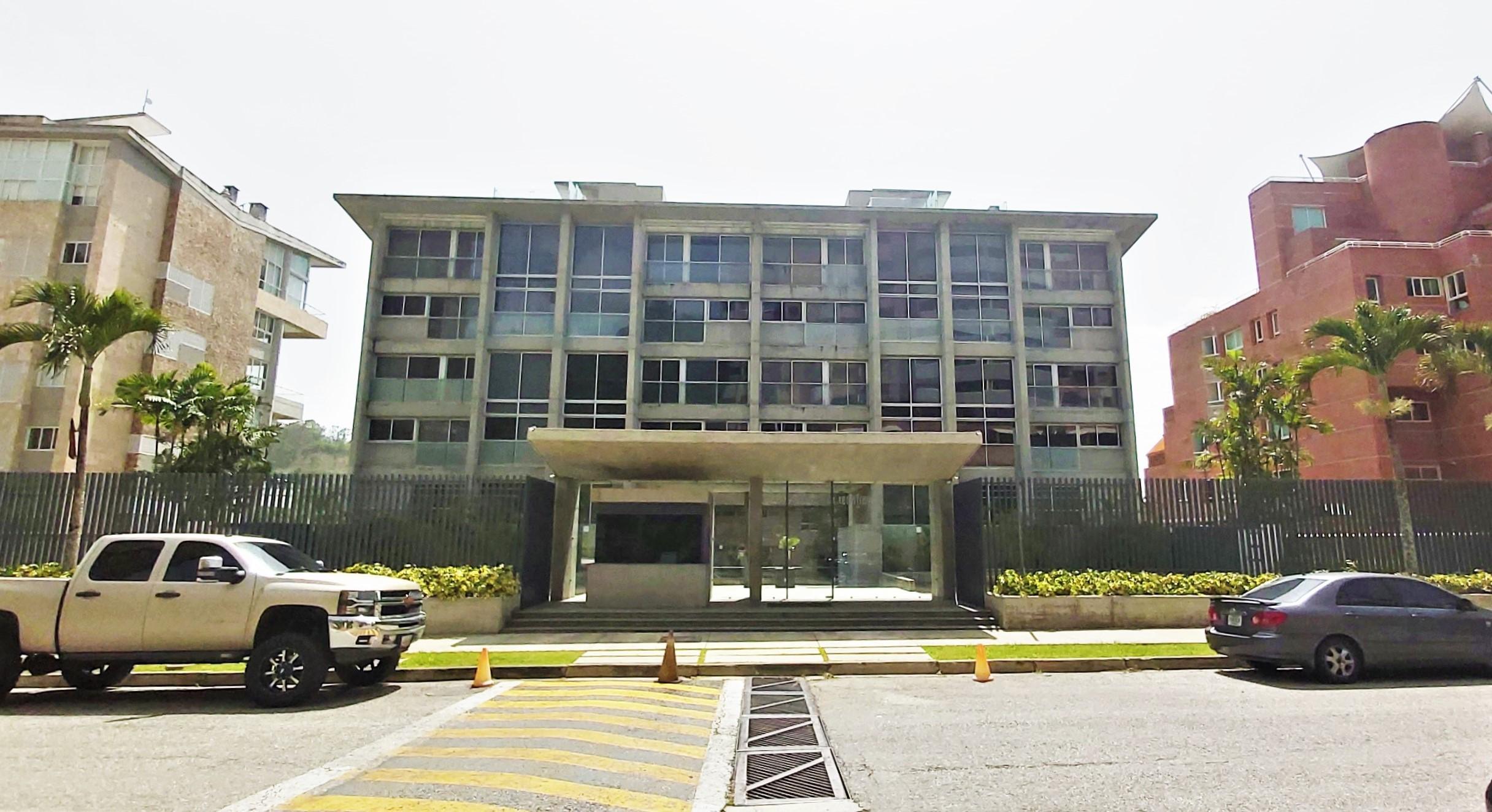 Apartamento Distrito Metropolitano>Caracas>Solar del Hatillo - Venta:155.000 Precio Referencial - codigo: 20-20692