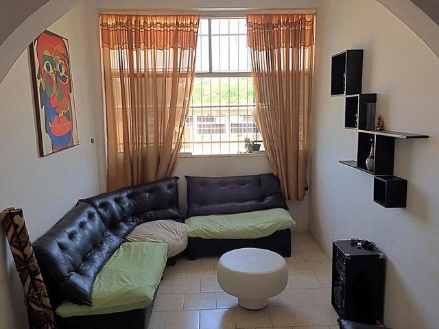 Apartamento Miranda>Guatire>El Ingenio - Venta:9.800 Precio Referencial - codigo: 20-20694