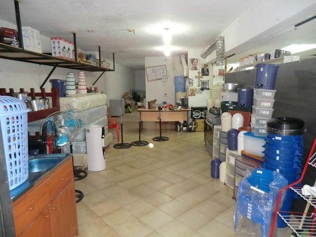 Local Comercial Miranda>Guarenas>Menca de Leoni - Alquiler:700 Precio Referencial - codigo: 20-20747