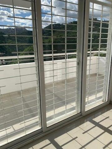 Apartamento Distrito Metropolitano>Caracas>Bosques de la Lagunita - Venta:30.000 Precio Referencial - codigo: 20-20879