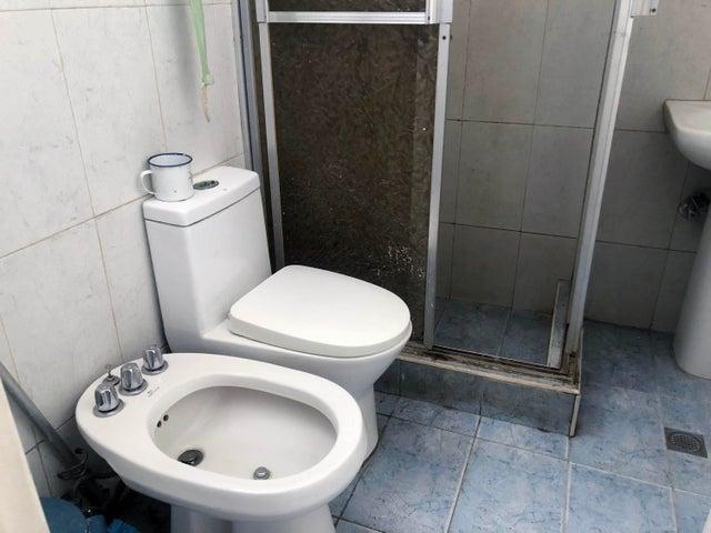 Apartamento Distrito Metropolitano>Caracas>Boleita Sur - Venta:37.500 Precio Referencial - codigo: 20-22087