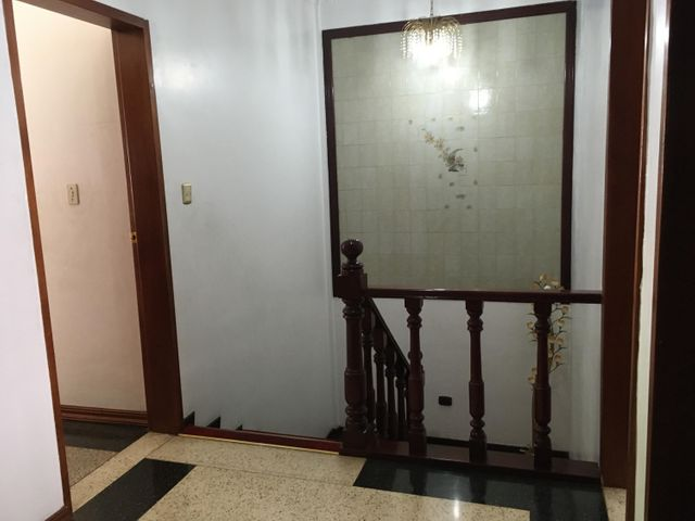 Casa Distrito Metropolitano>Caracas>Las Acacias - Venta:145.000 Precio Referencial - codigo: 20-23591
