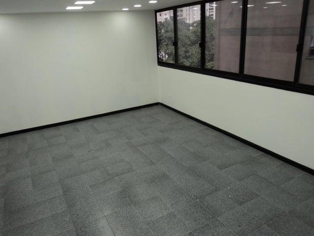 Oficina Distrito Metropolitano>Caracas>Sabana Grande - Alquiler:450 Precio Referencial - codigo: 20-21425